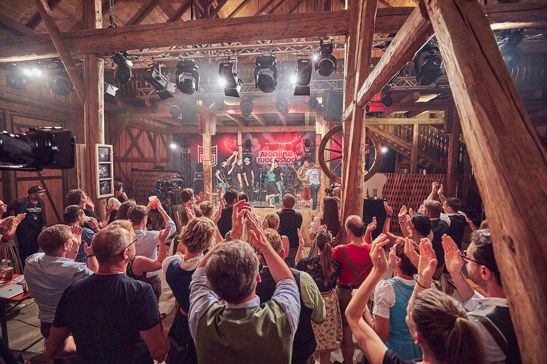 Online-Woodstock der Blasmusik